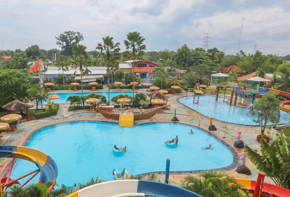 Grand Puri Waterpark Bantul