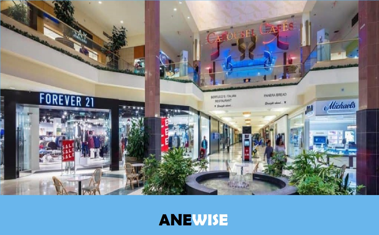 The Shoppes at Buckland Hills